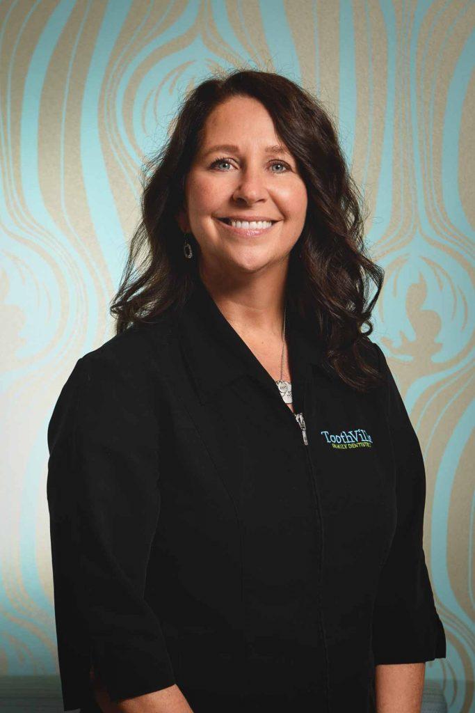 Lisa - Administrator | Toothville Family Dentistry | NW Calgary | General Dentist